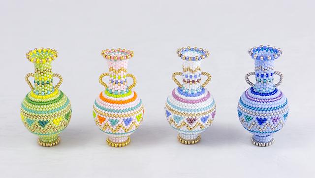 三角模様の飾り瓶のオフルームキット